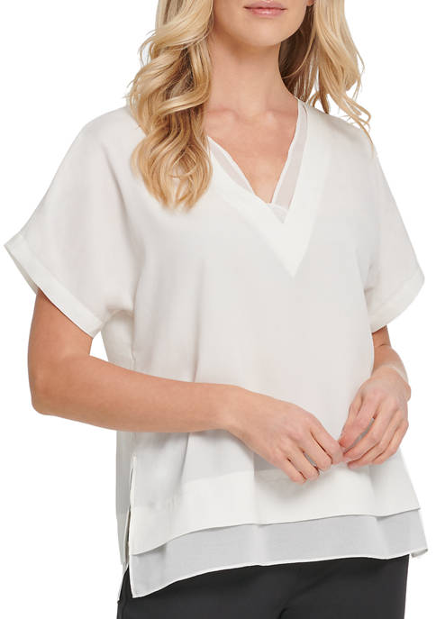 Womens Short Sleeve V-Neck Top with Side Slits