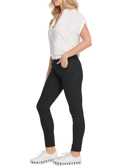 DKNY JEANS Womens Foundation Everywhere Skinny Jeans