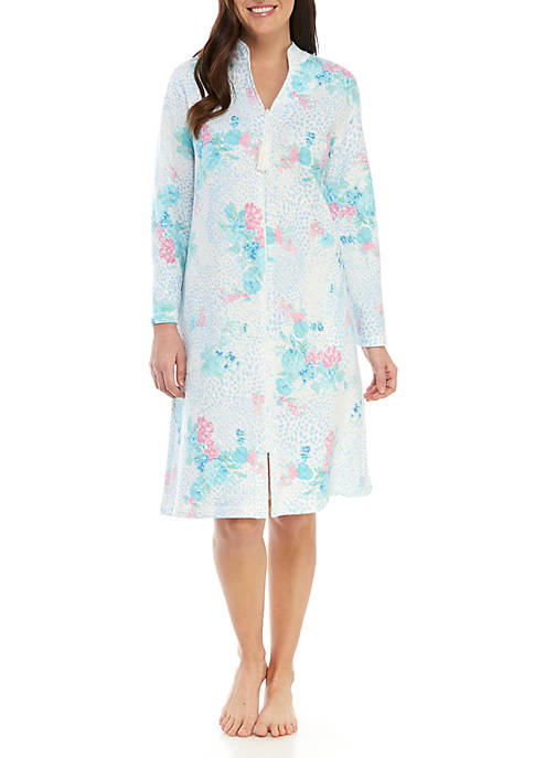 Quilted Short Zip Robe