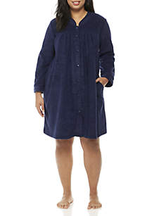 Plus Size Short Grip Robe