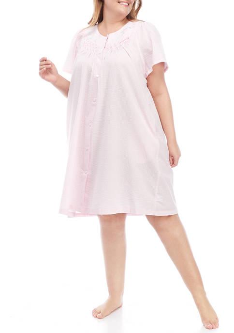 Miss Elaine Plus Size Seersucker Short Gown