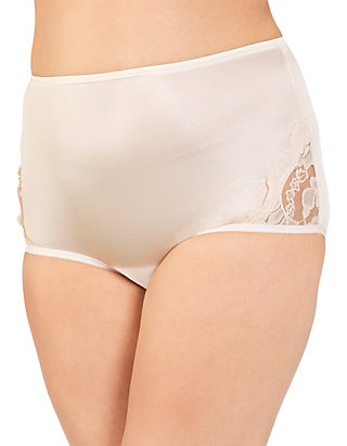 f8cd04656fd Vanity Fair® Perfectly Yours Lace Nouveau Full Brief - 13001