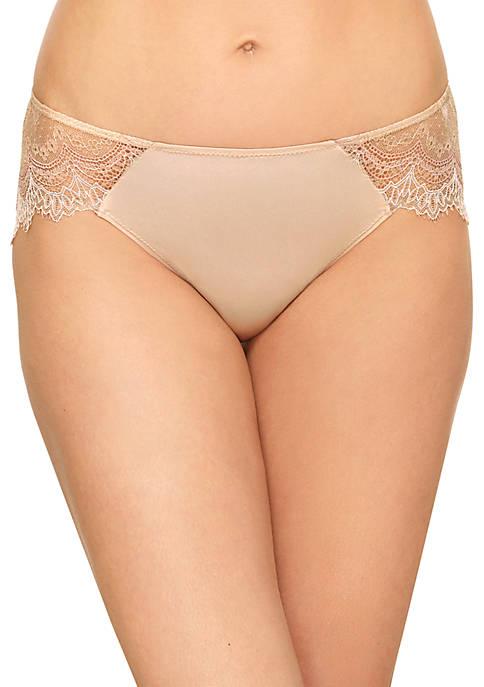 b.tempt'd by Wacoal Wink Worthy Bikini
