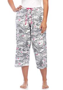 Plus Size Camo Cocktail Capri Pants