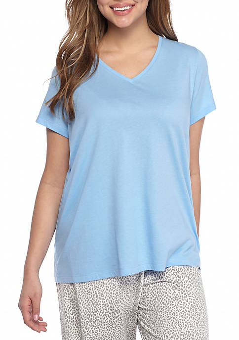 HUE® Plus Size Short Sleeve V-Neck Tee
