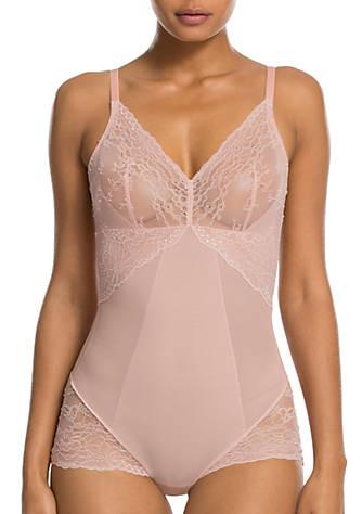 Websites Spotlight On Lace Bodysuit - White Spanx Sale Largest Supplier Sale 2018 Unisex Q4b4x