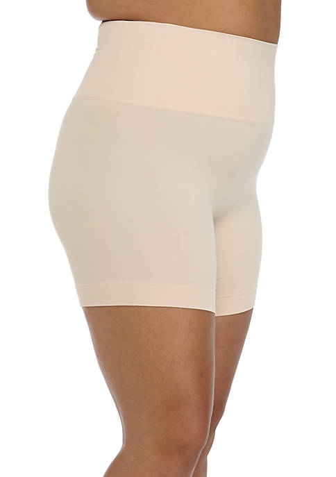 Plus Size Mid-Thigh Shorts