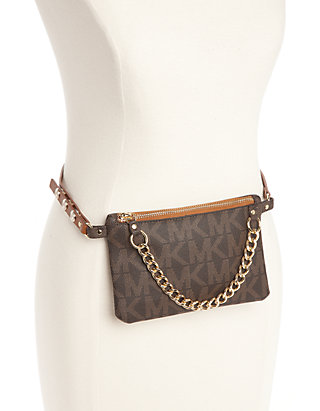 Belt Bag With Pull Chain