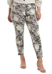HUE® Plus Size Floral Twill Skimmer Leggings