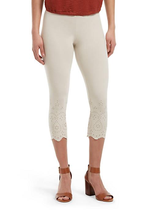 HUE® Eyelet Trim Cotton Capri Leggings