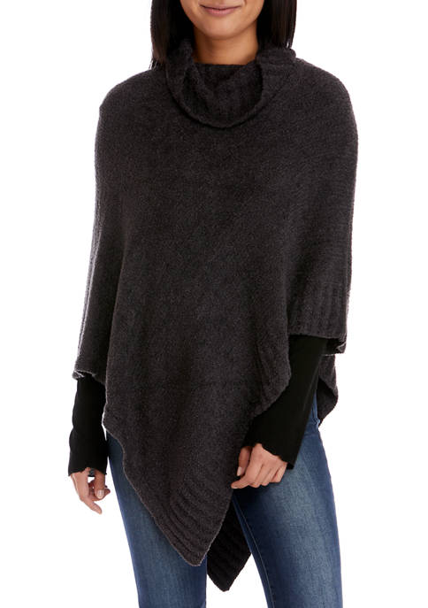 V Fraas Cozy Triangle Poncho