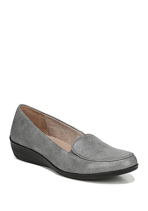 Impulse Loafer