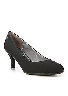 LifeStride Parigi Classic Pump - Available in Extended Sizes