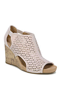 88bd6f01fcf2 ... LifeStride Hinx Wedge Sandals