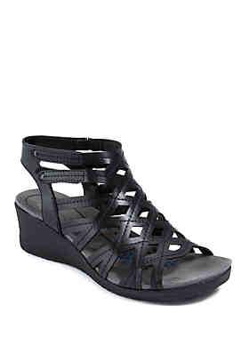 af963cedde144 BareTraps Trella Black Sandals ...