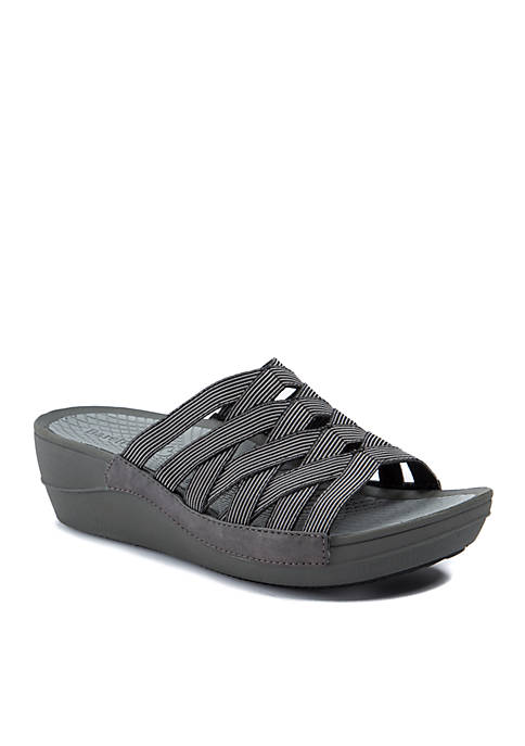 900dfdef086cd6 BareTraps Beverly Black Sandal