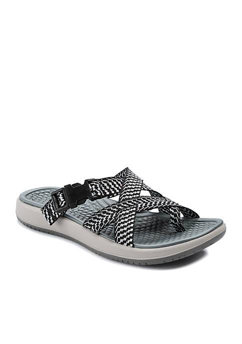 BareTraps Wilona Sandals