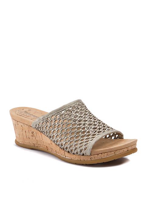 BareTraps Flossey Sandals