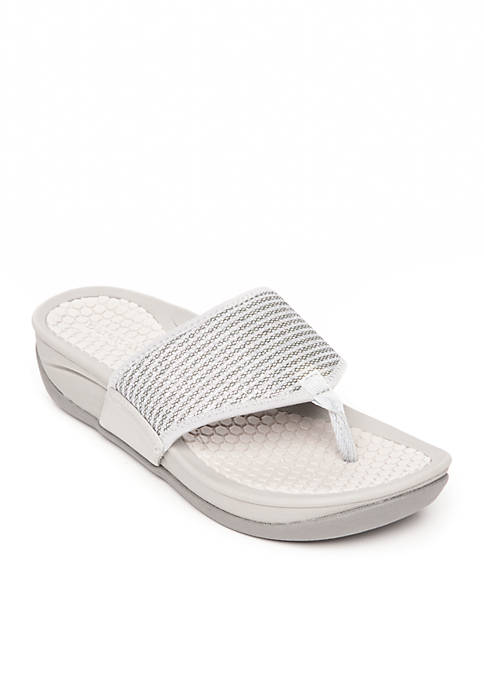 BareTraps Dasie Sandal