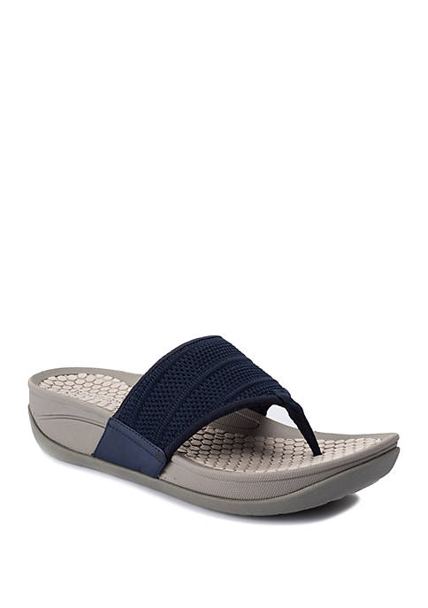 BareTraps Dasie Thong Sandals