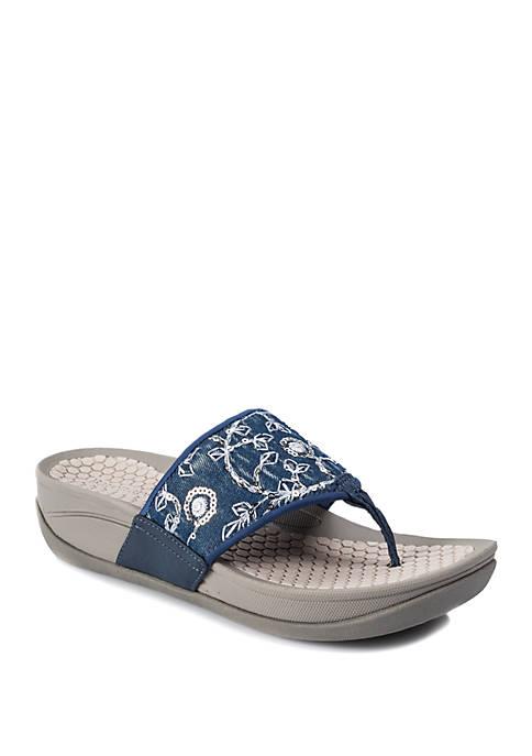 BareTraps Dasie Sandals