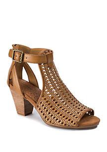 BareTraps Reatha Woven Sandals