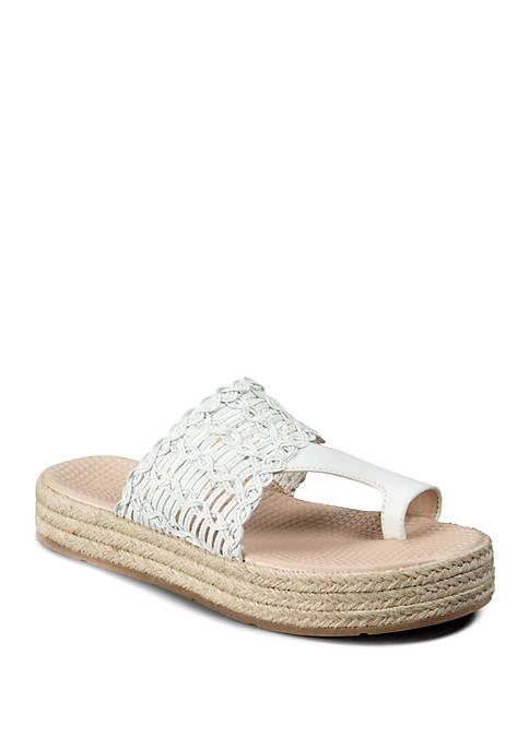 BareTraps Boyde Comfort Sandals