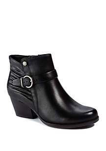 BareTraps Russell Casual Booties