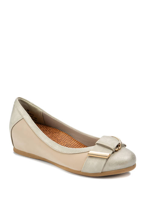 Nelly Fashion Flats