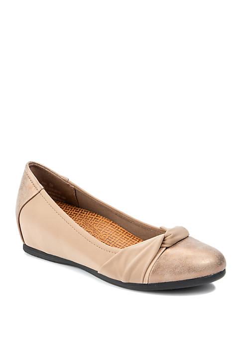 Nima Flat Shoes