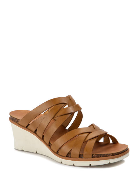 BareTraps Bonnita Sandals