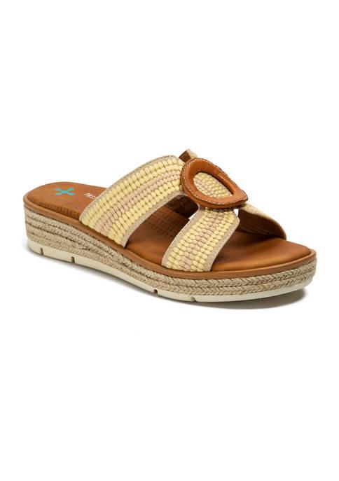 BareTraps Bliss Sandals