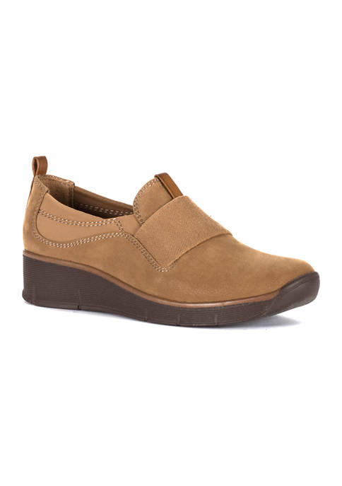 BareTraps Garner Loafers