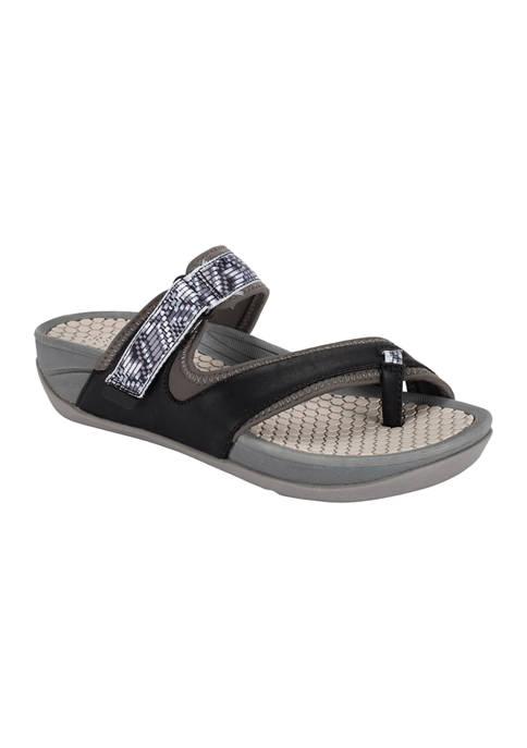 BareTraps Deserae Slide Sandals