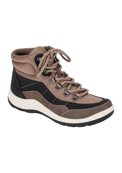 BareTraps Kamber Hiking Boots