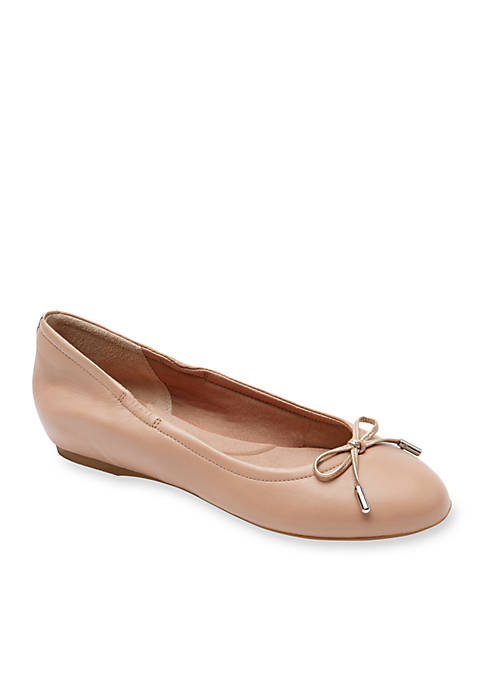 Total Motion Round Toe Ballet Flats