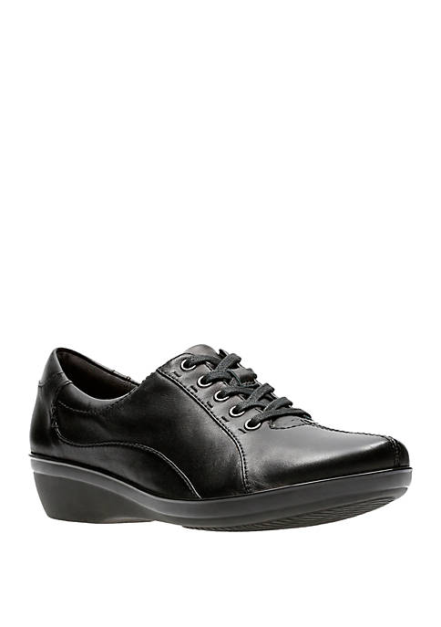 Clarks Everlay Elma Lace Up Shoes