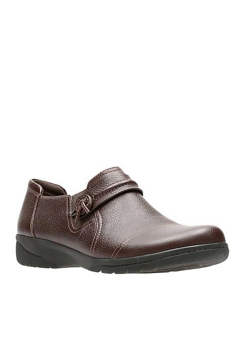 Cheyn Madi Brown Shoe