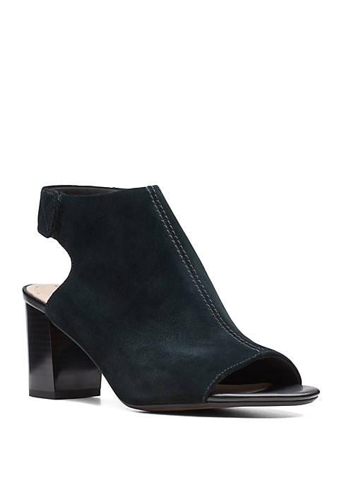 Clarks Deva Bell Sandals