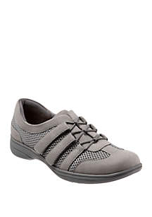 Trotters Joy Slip On Casual Shoes