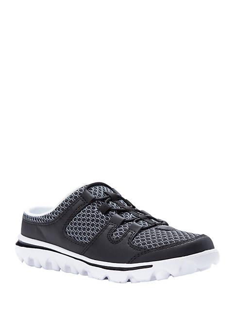 Womens TravelActiv Slide Sneaker