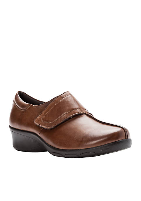 Willa Clog - Available in Extended Sizes And Widths