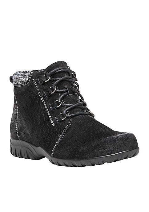 Propét Delaney Ankle Boot