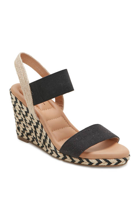 me Too Barra Wedge Sandals