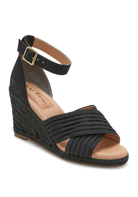me Too Bellini Wedge Sandals