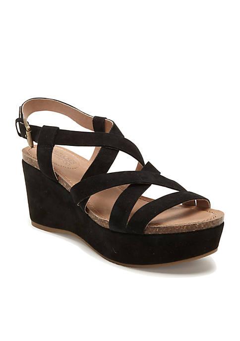 me Too Bria Strappy Platform Sandal