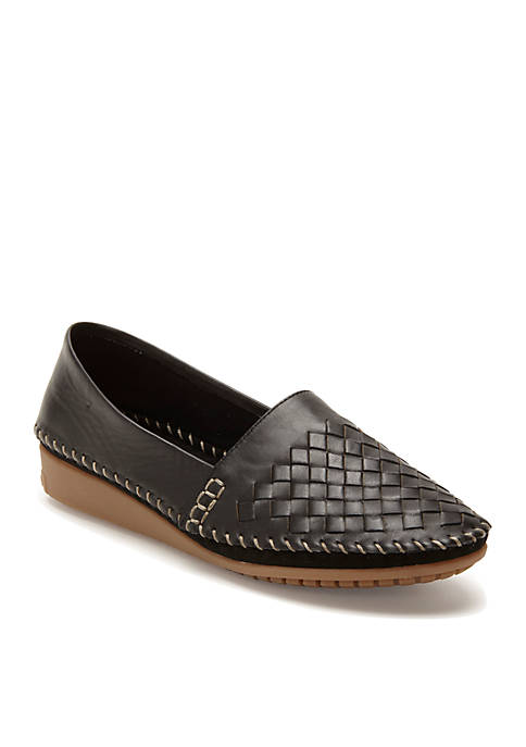 Loni Closed Woven Wedge