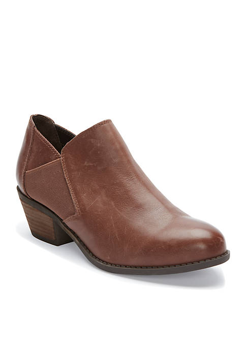 me Too Zo Slip-On Leather Shootie