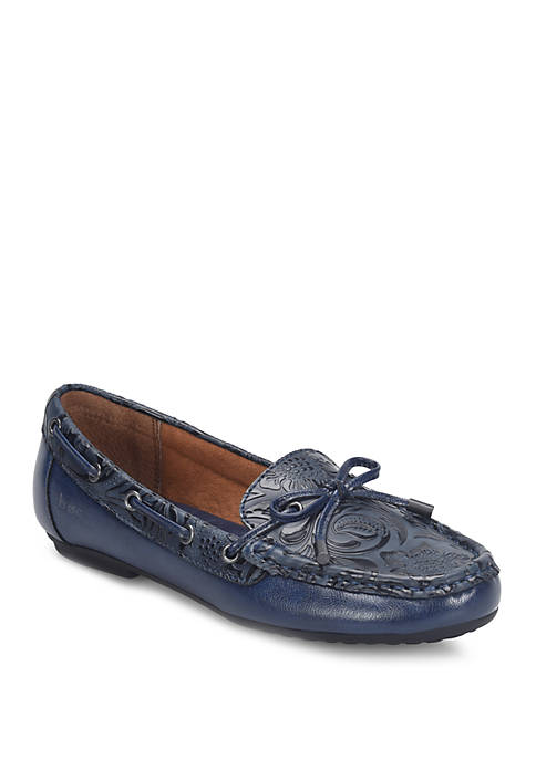 b.ø.c. Womens Carolann Loafers