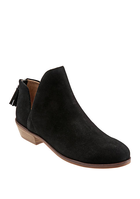Rylee Cut Out Boots